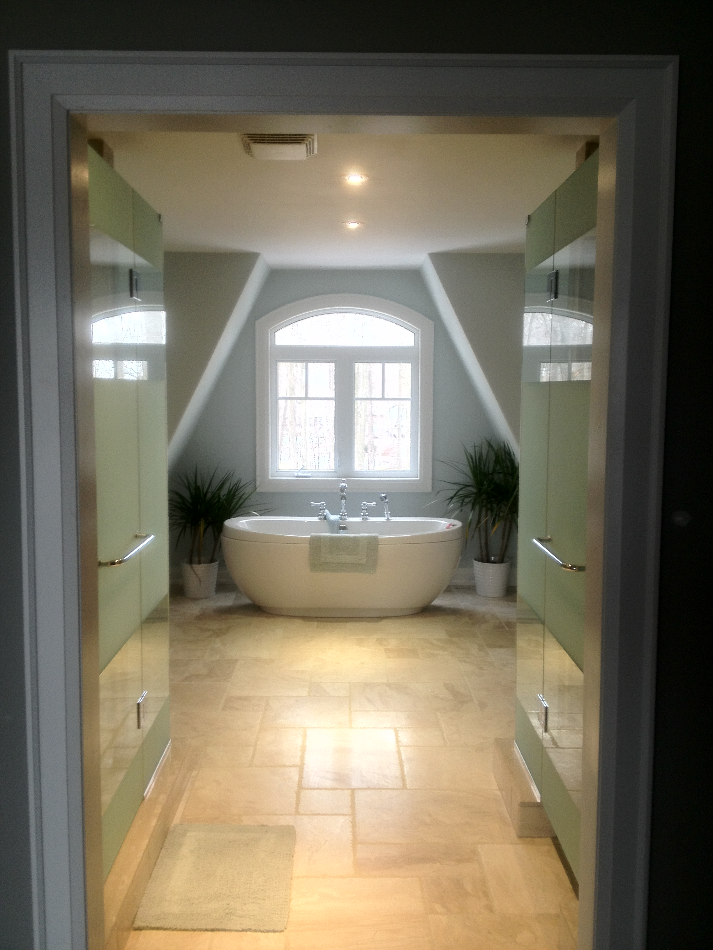 Shower And Toilet Enclosures